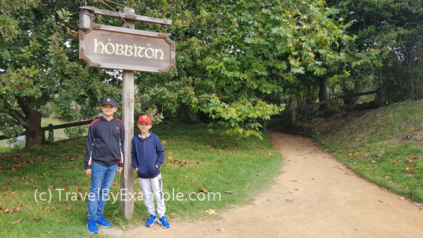 Visiting The Hobbiton in Middle Earth (aka New Zealand)