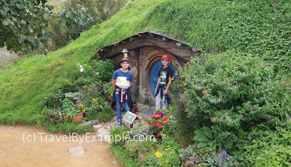 Little hobbits at the hobbit hole