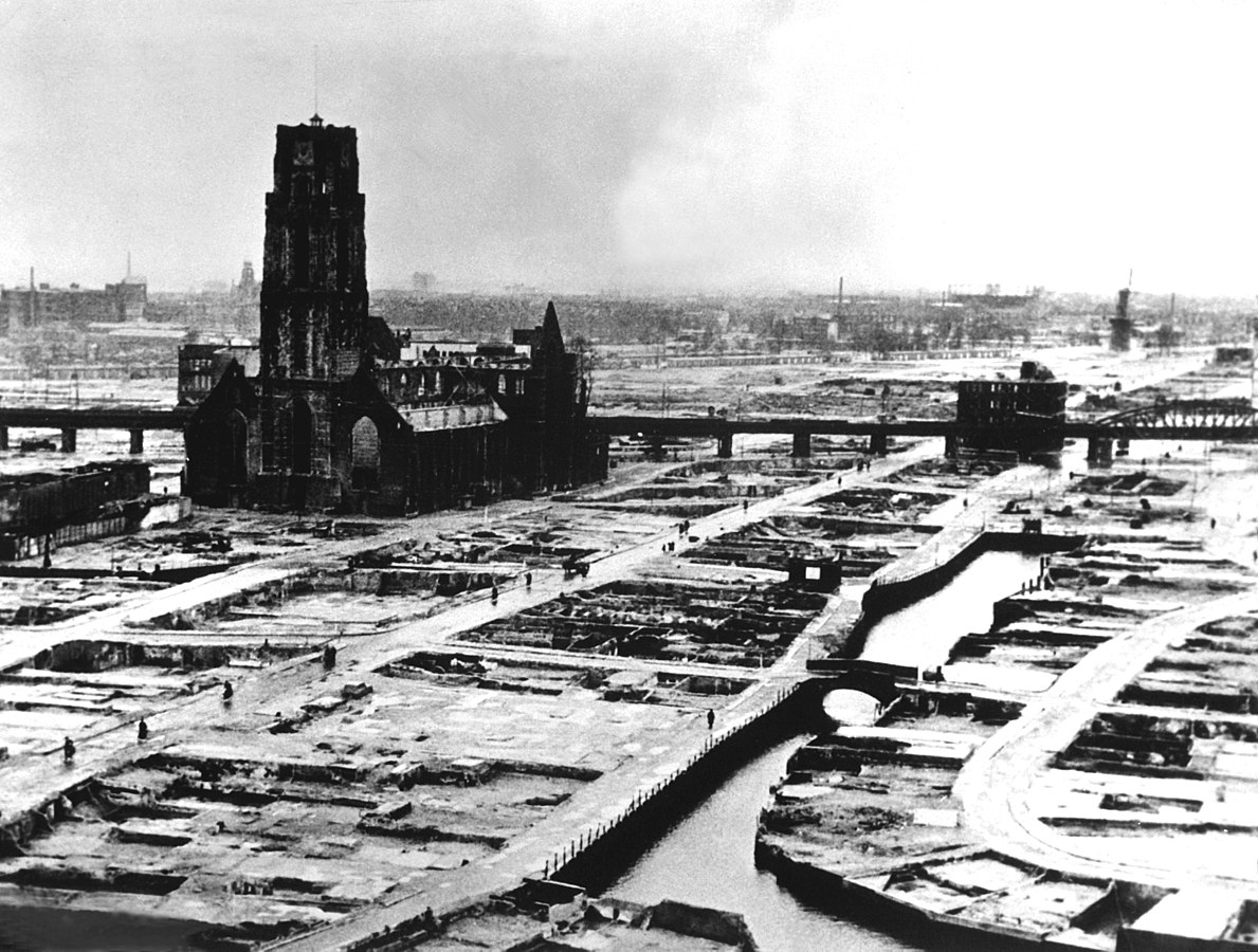 Rotterdam center after the 1940 bombing (source: Wikimedia Commons)