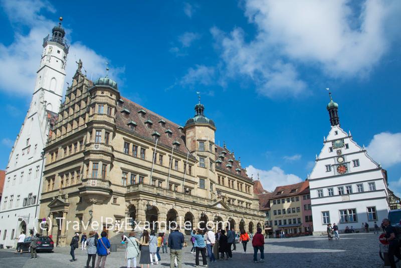 Rathaus and Ratstrinkstube on Marktplatz, Rothenburg ob der Tauber